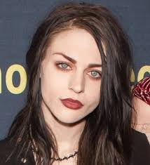 Frances Cobain - the hot, beautiful,  model, artist,   with French, Irish, Canadian, Scottish, English, Dutch, Spanish, Welsh,  roots in 2017