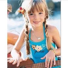 Bella Thorne childhood photo one at Pinterest.com