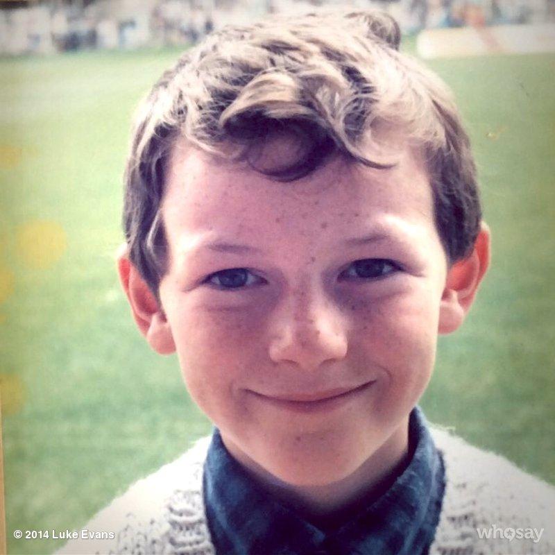 Luke Evans, foto de infância um em pinterest.com