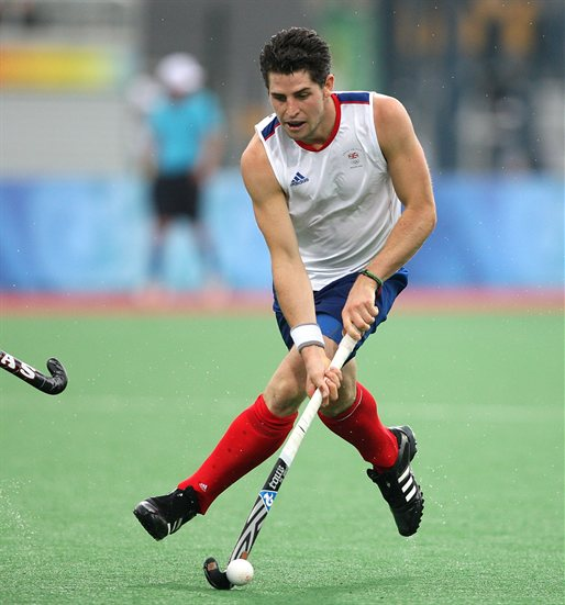 Simon Mantell - the cool, hot, hockey player with English roots in 2021
