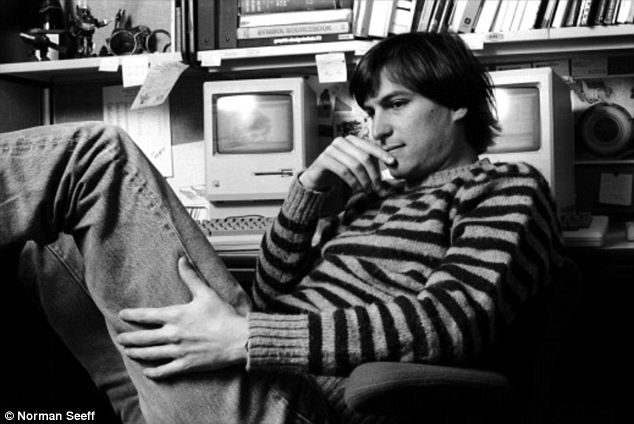 Steve Jobs younger photo two at dailymail.co.uk