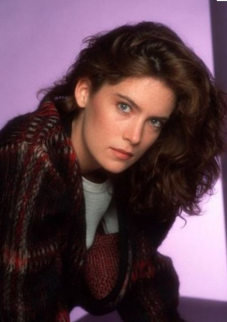 Lara Flynn Boyle younger photo one at Pinterest.com