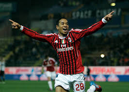 Urby Emanuelson jongere foto twee via thesun.co.uk