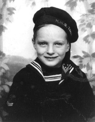 Alan Alda, foto de infância dois em pinterest.com
