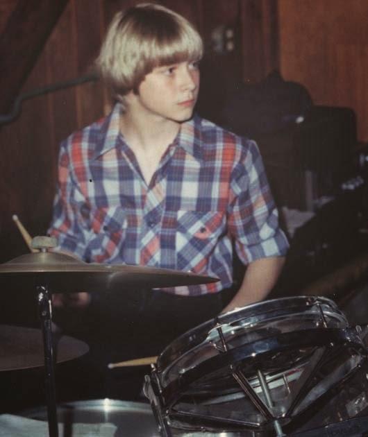 Kurt Cobain kindertijd foto drie via Pinterest.com