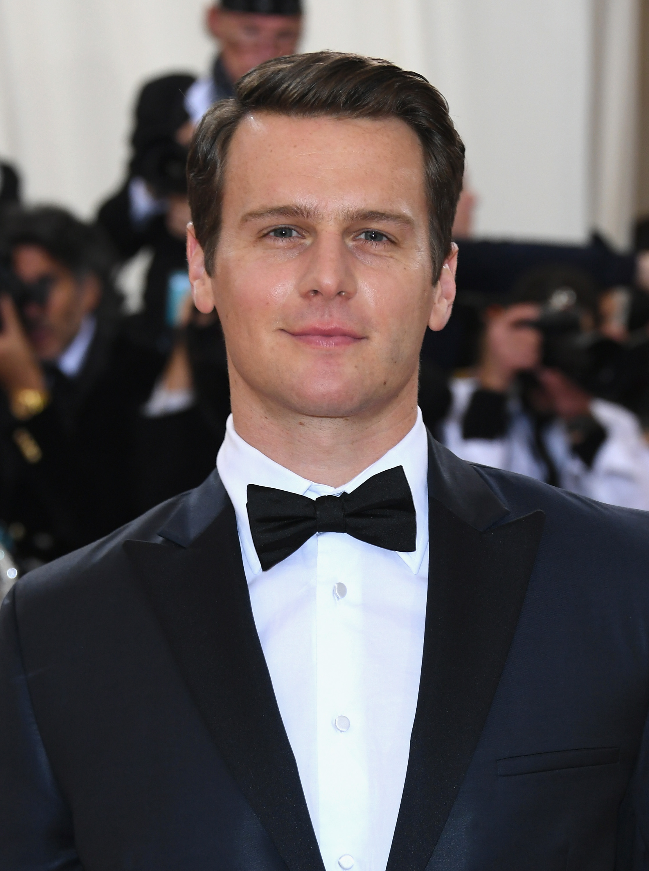 Jonathan Groff - the hot, attractive, amusing,  actor, musician,   with German, Scottish, English, Swiss,  roots in 2019