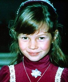 Kate Moss kindertijd foto een via Pinterest.com