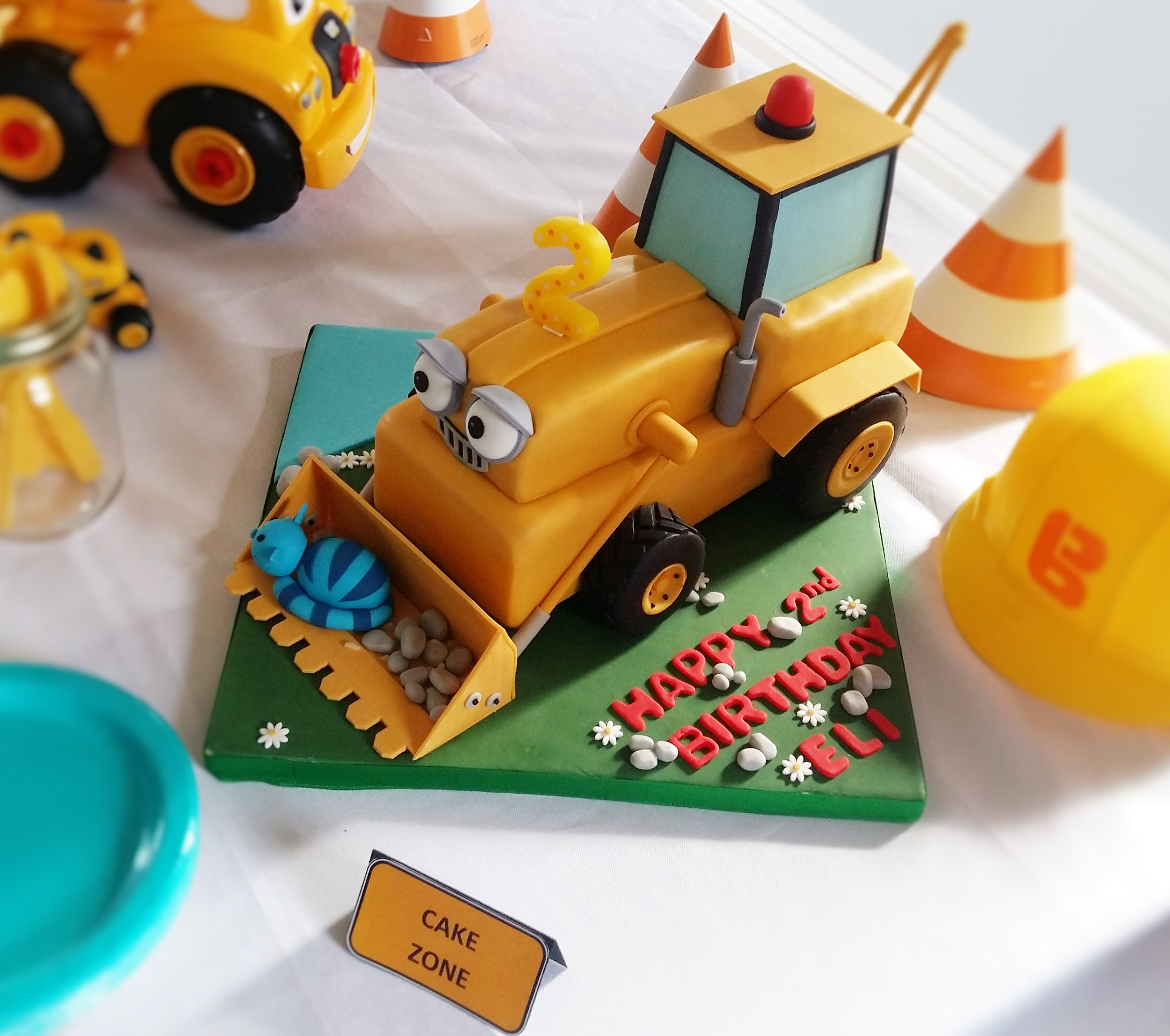 Terrific Construction Themed Birthday Party Elis Bob The Builder 2Nd Personalised Birthday Cards Veneteletsinfo