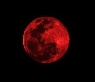 red_moon