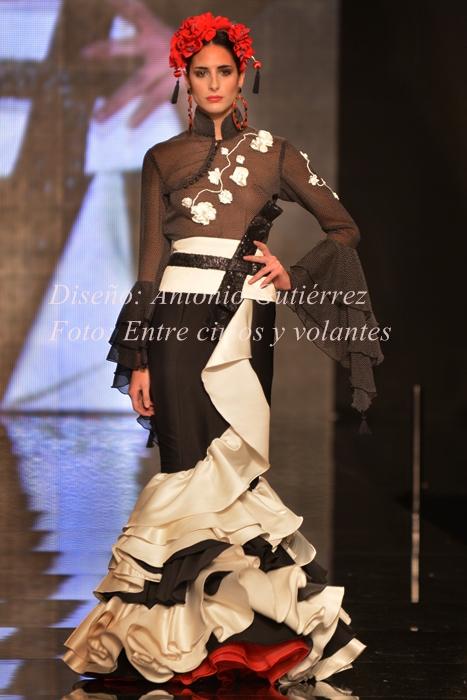 traje de flamenca antonio gutierrez foto entre cirios y volantes simof