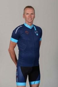 El exfutbolista Geoff Thomas, participante y superviviente de leucemia