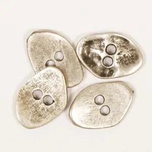 Botón de Metal Irregular