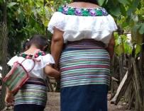 Catalina Guzmán: una partera de la selva de Chiapas, México.