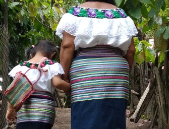Catalina Guzmán: A midwife from the jungle of Chiapas, Me