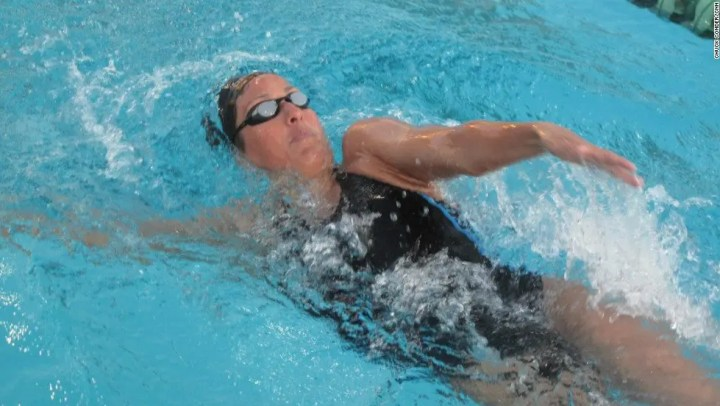 beneficios de la natación terapéutica