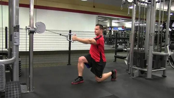 Los mejores ejercicios en polea que puedes hacer