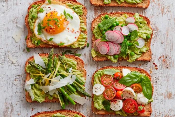 Las tostadas de aguacate están recomendadas por los nutricionistas
