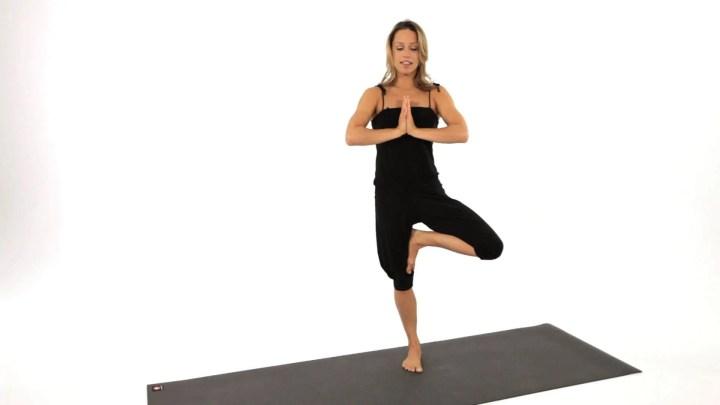 Mejores poses de yoga para entrenar el equilibrio