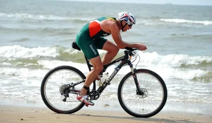Qué hacer para mejorar la aerodinámica en el ciclismo