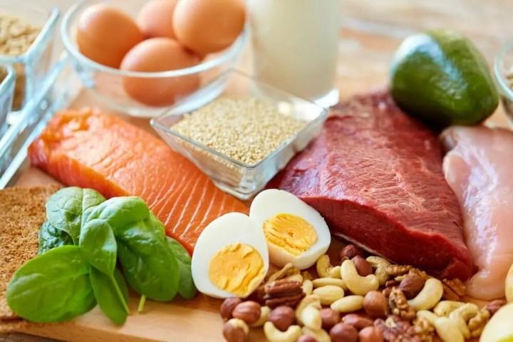 Comer más proteína te ayuda a perder peso