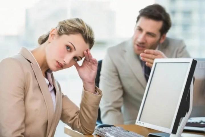 Ejemplos de microagresiones en el trabajo