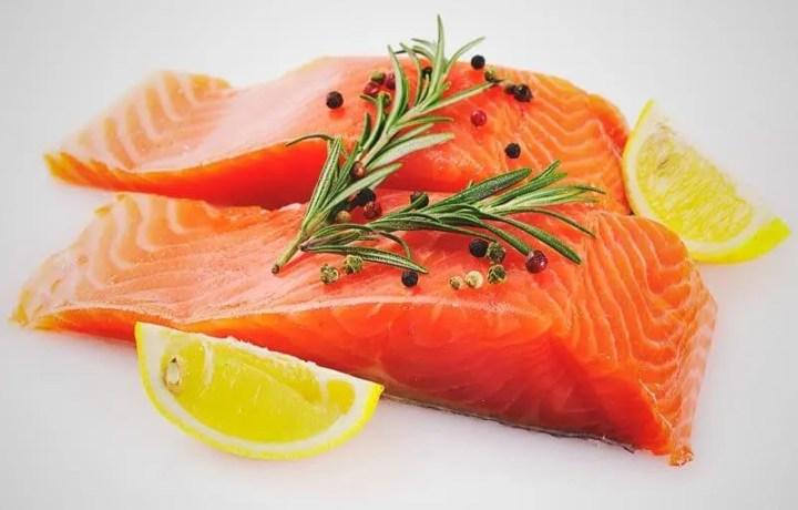 El salmón ayuda a combatir la tristeza del invierno