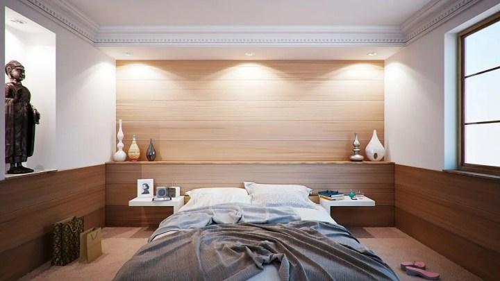 Levantarse del lado incorrecto de la cama causa cansancio