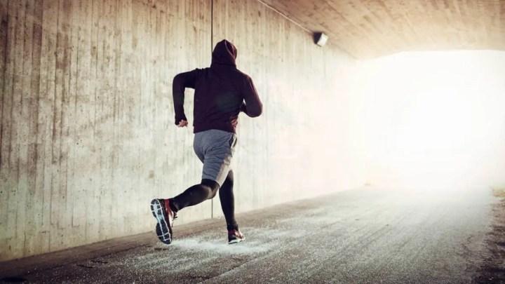 Beneficios de repetir una frase motivadora en competiciones de running