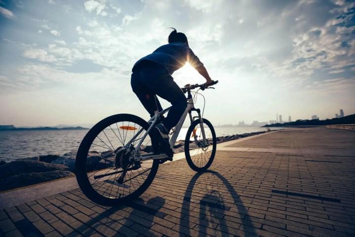 Entrenamiento de diferentes niveles de condiciones físicas para ciclistas