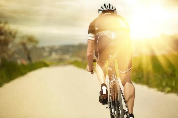 Cómo hacer una rutina de ciclismo para principiantes