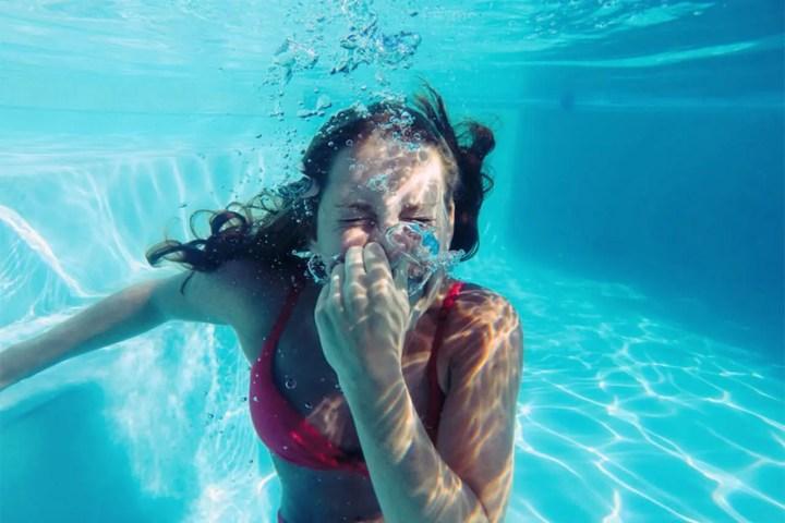 Cómo empezar a nadar teniendo miedo al agua