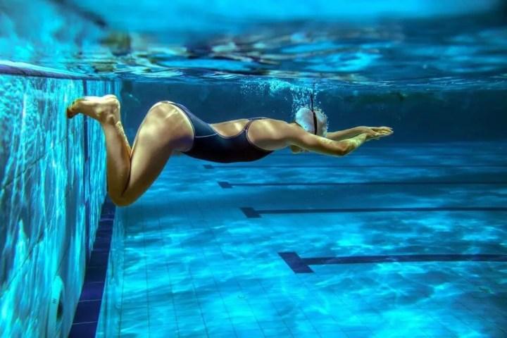 El estilo de nado más fácil
