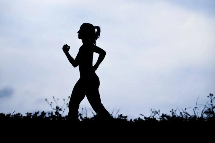 Cómo alinear tu cuerpo cuando corres