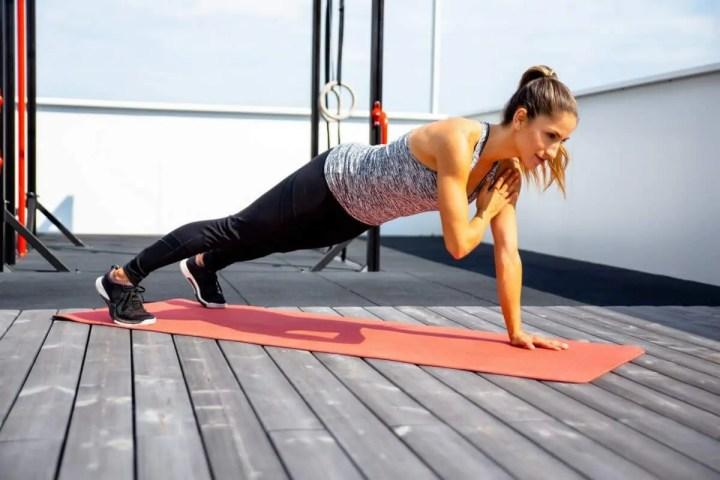 Ejercicios de core para mejorar fuerza en dominadas