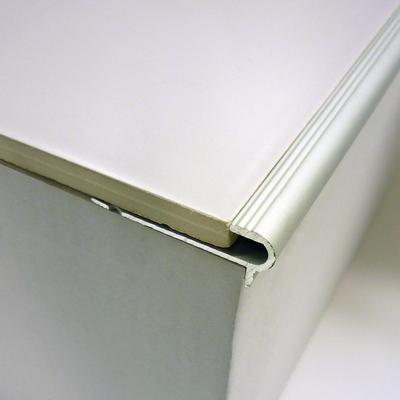 Nez De Marche Florentin Epaisseur 10mm Longueur 2 5m Alu Anodise 3m 964141 Sol Et Mur Interieur L Entrepot Du Bricolage