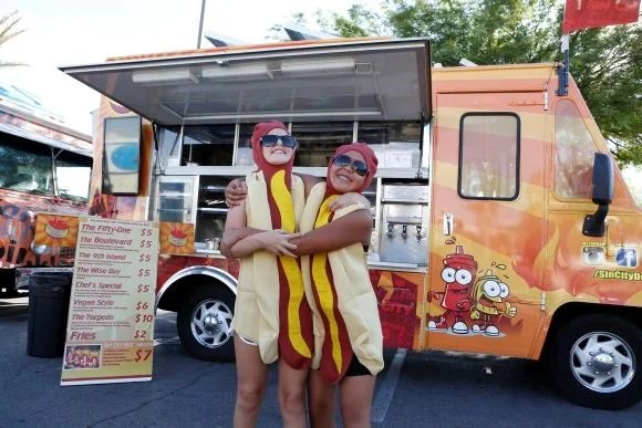 Attract new customers to food truck business