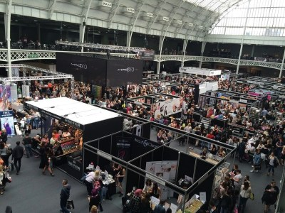 How to boost sales by taking your business to an exhibition