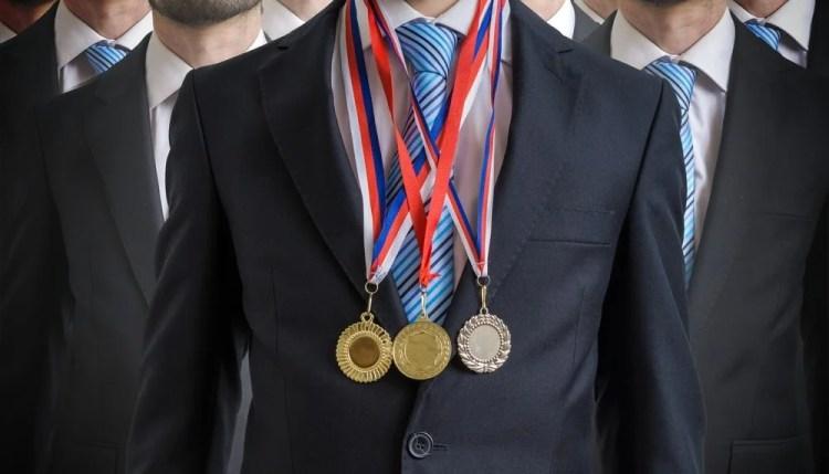 Criteria for employees award