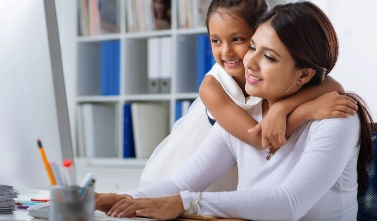 How to write a perfect resume for stay-at-home moms
