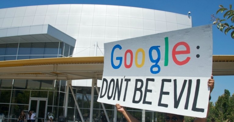 """Does Google intend to become malicious? The company erases all mentions of """"Do not be evil."""""""
