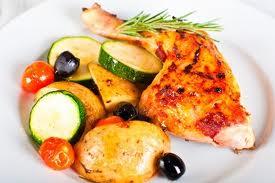 Filet de merluza con verduras
