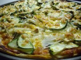 pizza de verduras al pesto