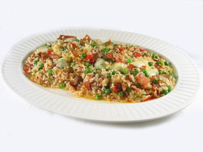 Cazuela de arroz, patatas y tomate