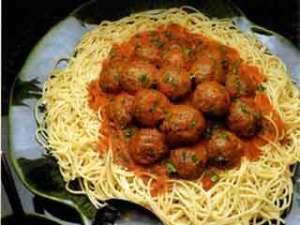 espagueti albondigas