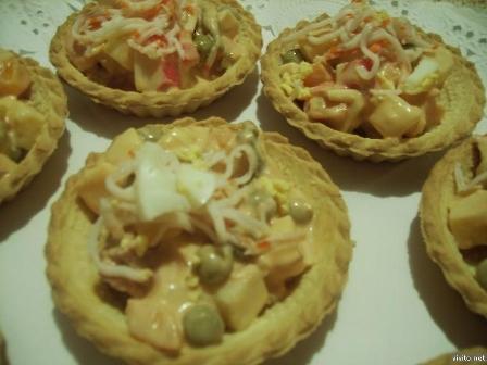 Tartaletas de calabacines, zanahorias y mozzarella