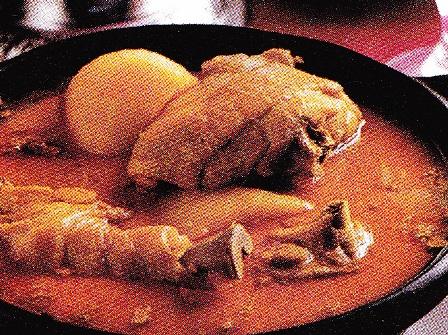Pollo con melocotones