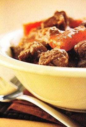 Cazuela de carne y zanahorias