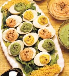 Huevos multicolores