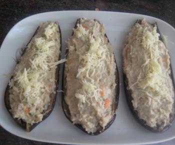 Patatas asadas rellenas de salmón ahumado