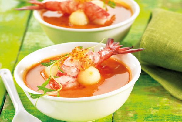 Sopa de gambas con bolas de melón
